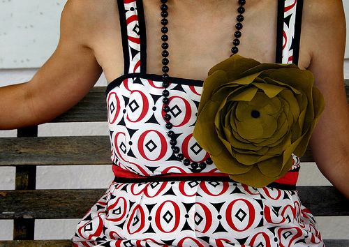 DIY large bow dress necklace